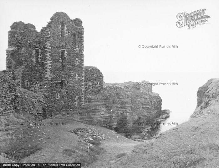Photo of Wick, Girnigoe Castle 1952