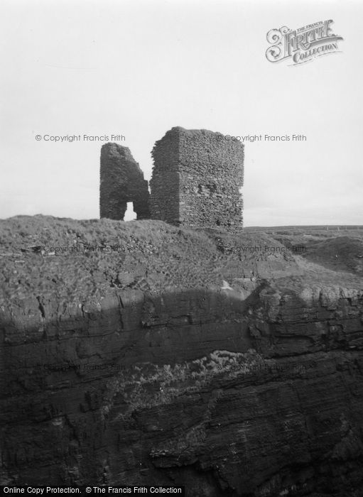 Photo of Wick, Old Wick Castle 1952