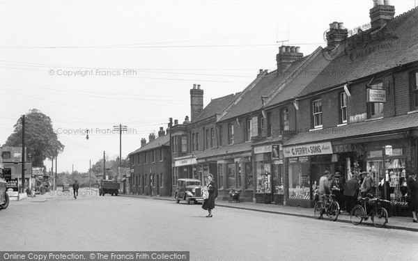 Photo of Wickford, The Broadway 1950