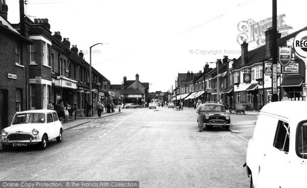 Photo of Wickford, The Broadway c.1965