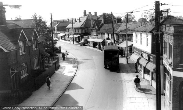 Photo of Wickford, the High Street c1965, ref. w195070