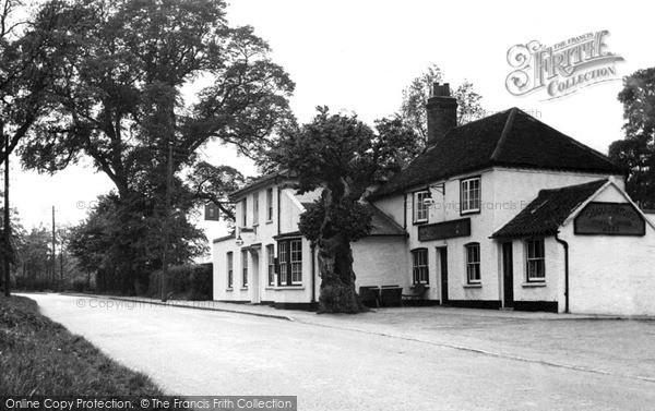 Photo of Wickford, The Quart Pot Inn c.1955