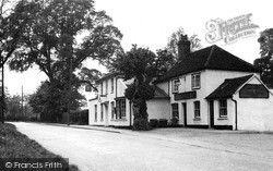 Wickford, The Quart Pot Inn c.1955