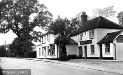 Wickford, The Quart Pot Inn, Runwell c.1955