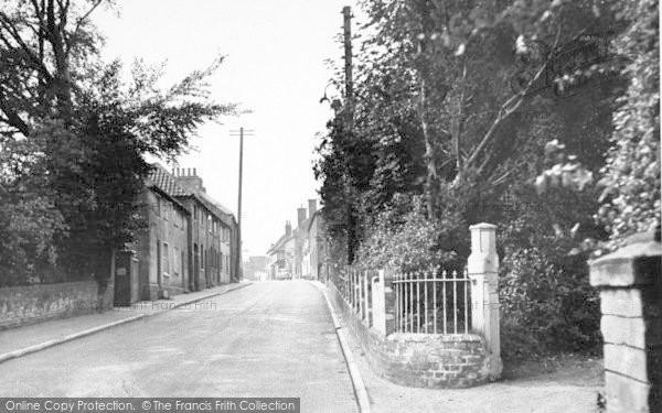 Photo of Wickham Market, Snowden Hill 1950