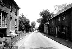 Snowdon Hill 1929, Wickham Market