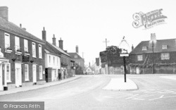 Wickham Market, The Hill And White Hart Hotel 1950