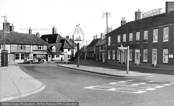Photo of Wickham Market, White Hart Hotel 1954