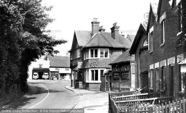Photo of Wickham, Star Inn Corner 1951