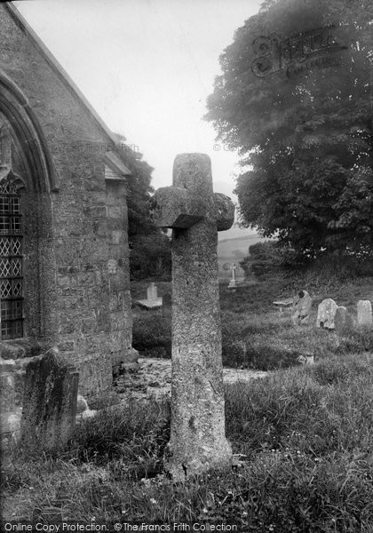 Photo of Widecombe In The Moor, Cross In Churchyard 1907