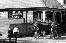 Boys By The White Horse 1906, Widford