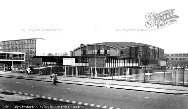 Photo of Widnes, Swimming Pool c1965