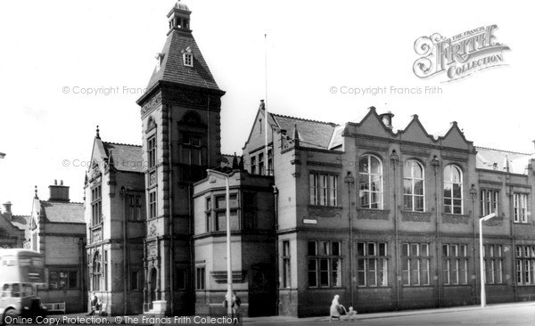 Photo of Widnes, Technical College c.1960