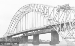 Widnes, The Bridge From The Promenade c.1960