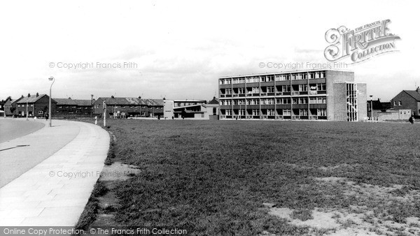Photo of Widnes, the Flats c1965