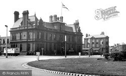 Widnes, The Town Hall c.1955