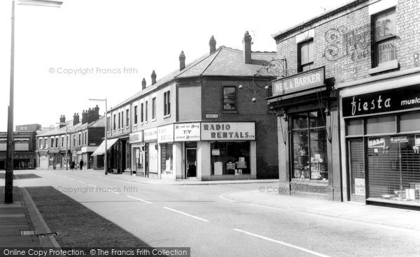 Photo of Widnes, Widnes Road c1960