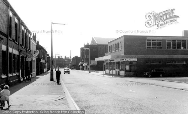 Photo of Widnes, Widnes Road c1960