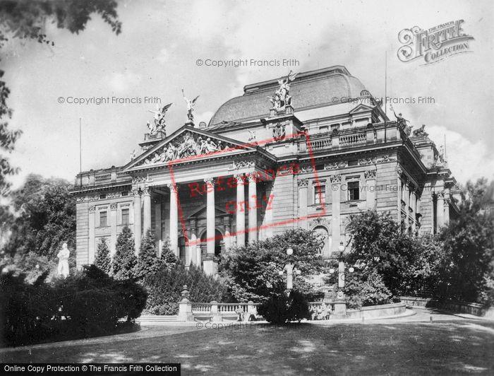 Photo of Wiesbaden, Nassovian National Theatre c.1930