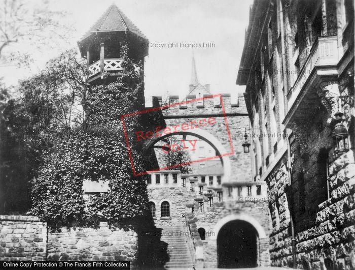 Photo of Wiesbaden, The Romertor c.1930