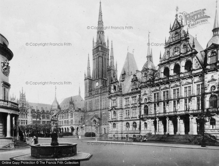 Photo of Wiesbaden, Town Hall, Castle, Evangelic Church And Lyceum c.1930
