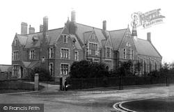 Wigan, Grammar School 1895
