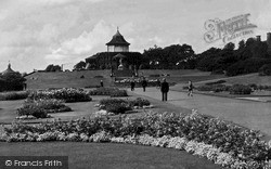 Wigan, Mesnes Park c.1955