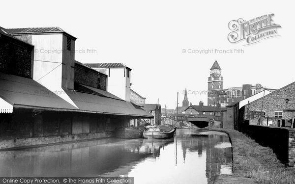 Photo of Wigan, Pier c.1960