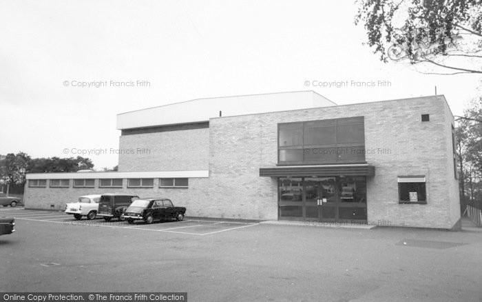 Photo of Wigston, Swimming Pool c.1965