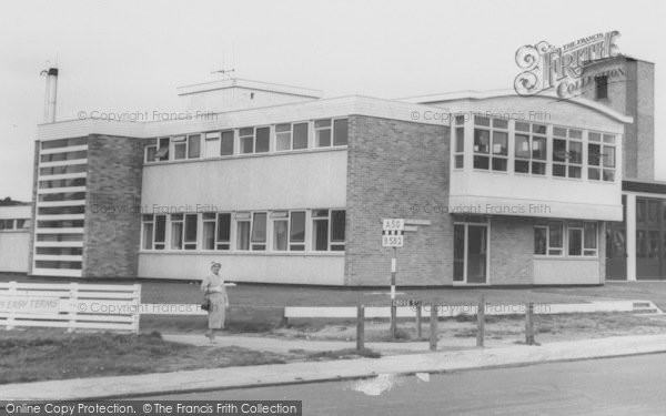 Photo of Wigston, The Fire Station c.1965