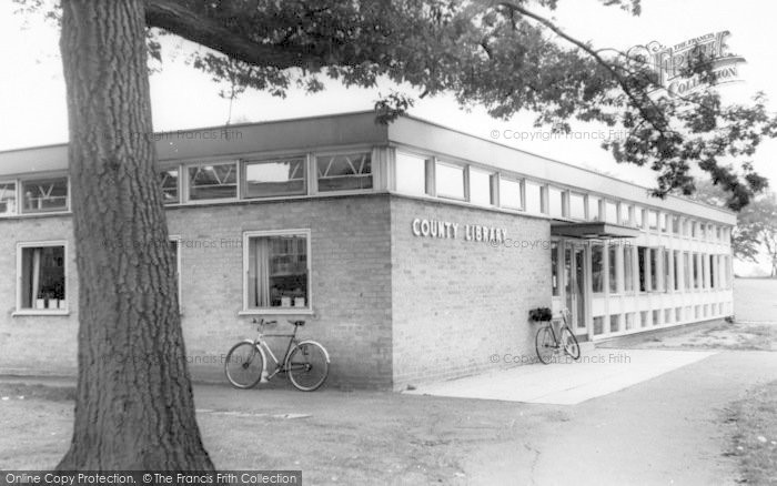 Photo of Wigston, The Library c.1965