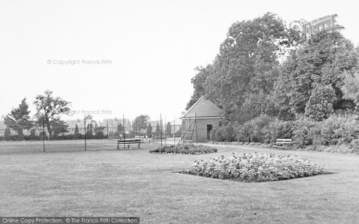 Photo of Wigston, Willow Park c.1955