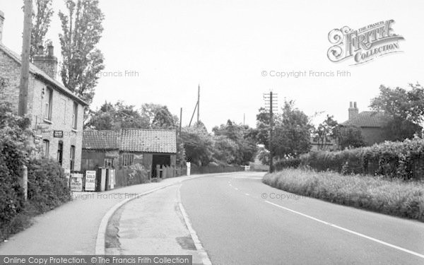 Photo of Wilberfoss, Front Street c.1960