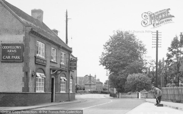 Photo of Wilberfoss, Oddfellows Arms c.1960