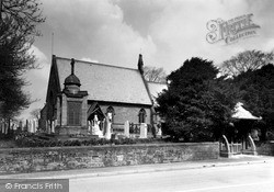 Willaston, Christ Church And Memorial c.1940