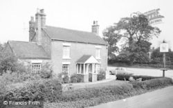 Horseshoe Inn c.1965, Willaston