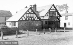 Willaston, Memorial Hall c.1960