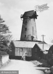 Willaston, The Mill c.1950