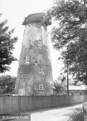 The Windmill c.1960, Willaston