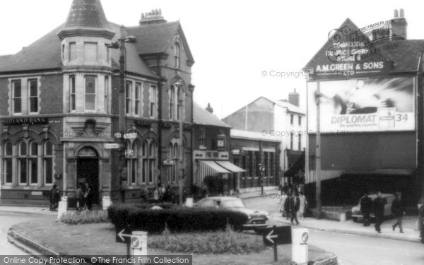 Photo of Willenhall, The Dale Island c.1960