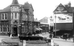 Willenhall, The Dale Island c.1960