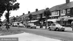 Willerby, The Parade, Kingston Road c.1960