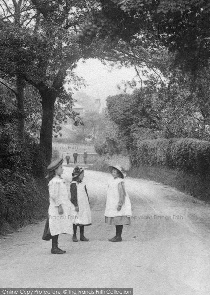 Photo of Willesborough, Country Girls 1909