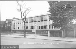 Willesden, Brondesbury Park Synagogue c.1965