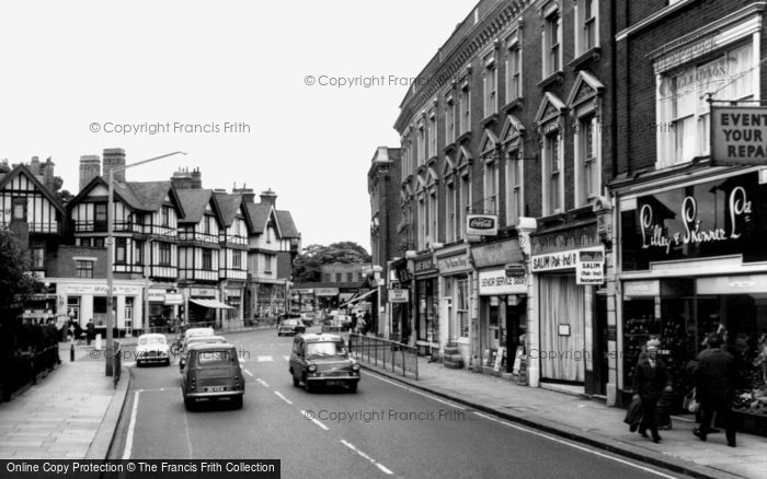 Photo of Willesden, High Road c1965