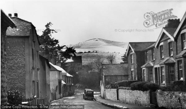 Photo of Willingdon, Winter Scene c.1950