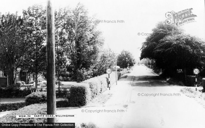 Photo of Willingham, Earith Road c.1965