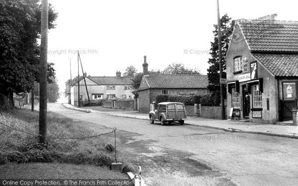 Photo of Willingham, High Street c.1955