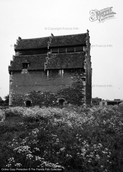 Photo of Willington, Dovecote 1954