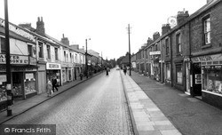 High Street c.1955, Willington